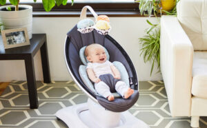 4moms MamaRoo Baby Swing review by a Mom